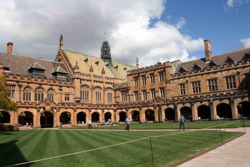 澳大利亚佛林德斯大学